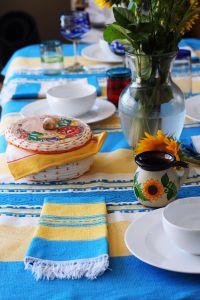 Handwoven Mantel (Table Cloth)